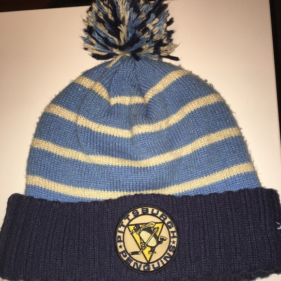 ad268413 Reebok Accessories   2008 Pittsburgh Penguins Winter Classic Beanie ...